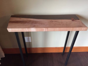 wooden-hall-table